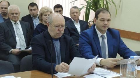 Саратовский депутат недоволен тратой денег на бесполезные дорожные знаки