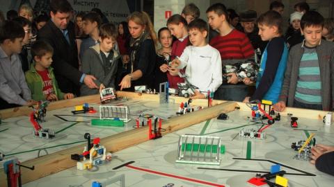 СГТУ приглашает на отборочный тур всероссийских робототехнических соревнований
