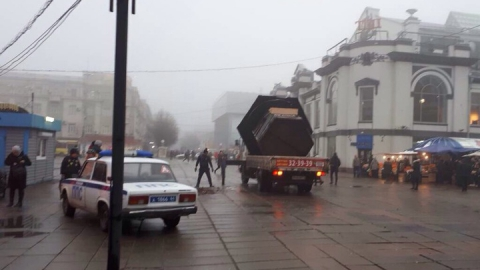 В Саратове демонтирован незаконный кофейный ларек