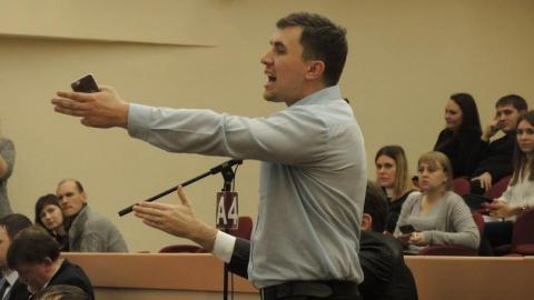 Народные избранники КПРФ покинули гордуму перед принятием бюджета Саратова