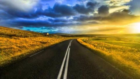В Лысогорском районе отремонтируют 10 километров дорог в 2018 году