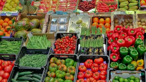 На рынках Саратова не зафиксированы случаи продажи фальсификатов и опасных продуктов