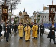 Религиозные действа уравняют в правах с шествиями и митингами