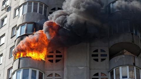 Саратовец надышался дымом при пожаре на проспекте 50 лет Октября