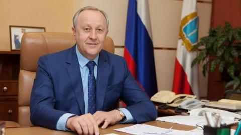 """Валерий Радаев находится в """"желтой зоне"""" в рейтинге устойчивости губернаторов"""