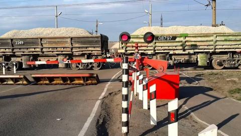 В Заводском районе на ночь закроют железнодорожный переезд