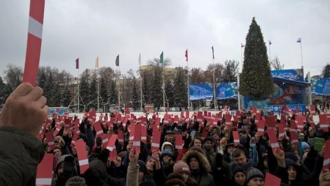 Более 800 саратовцев проголосовали за выдвижение Навального кандидатом в президенты
