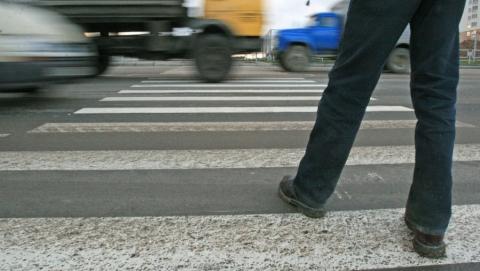 """В Саратове водитель """"двенадцатой"""" сбил мужчину на пешеходном переходе"""