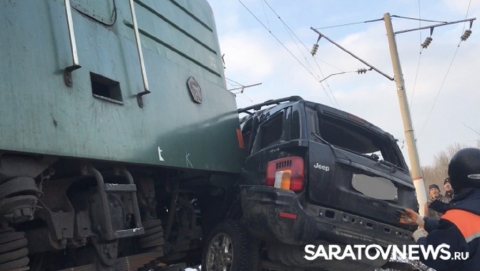 Водитель столкнувшегося с поездом джипа был нетрезв