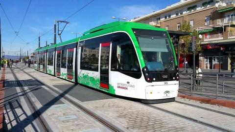 Из Саратова в Энгельс хотят пустить легкий рельсовый транспорт