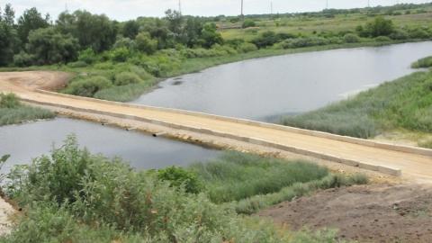 Началось строительство нового моста черезр. Камелик вПерелюбском районе Саратовской области