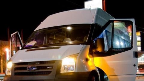 В аварии с маршруткой №44 пострадала пассажирка микроавтобуса