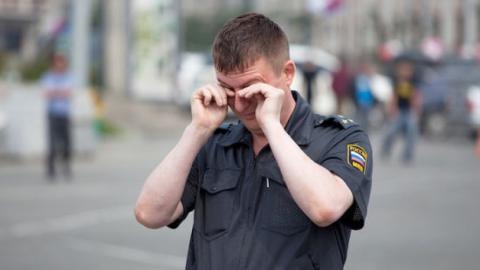Саратовца будут судит за оскорбление полицейского на остановке