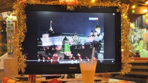 Саратовец лишил пьяную соседку телевизора перед Новым годом
