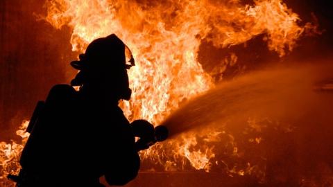 Из горевшего дома на Кутякова эвакуировали жильцов