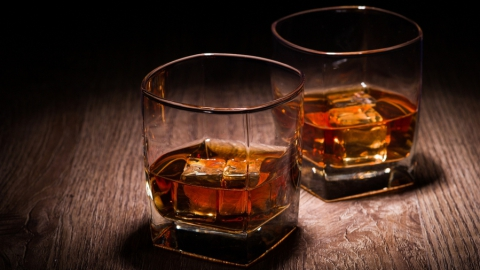 """Балаковец похитил виски за три тысячи рублей из """"Пятерочки"""""""
