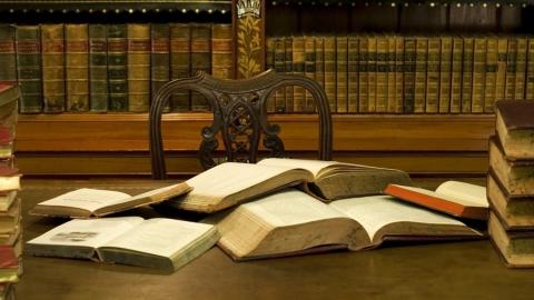 Почти половина саратовцев брали книги в библиотеках в 2017 году
