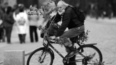 """Под Вольском водитель """"четырнадцатой"""" насмерть сбил пожилого велосипедиста"""