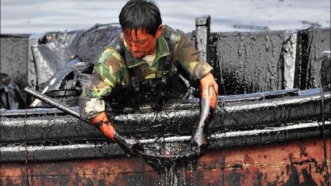 Авария на нефтепроводе: в Волгу нефть не попала