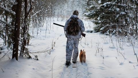 Охотник из Вольска прострелил приятелю лицо и позвоночник