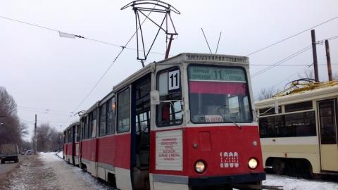 ДТП на пересечении Танкистов и Навашина парализовало движение трамваев