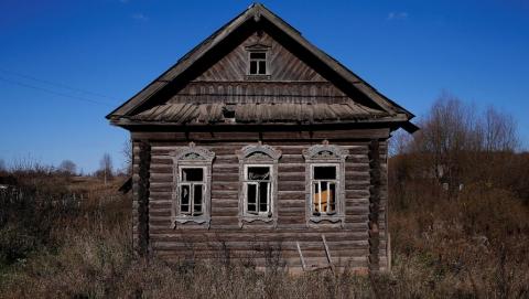 Коммунист Бондаренко: 250 сел Саратовской области находятся на грани вымирания