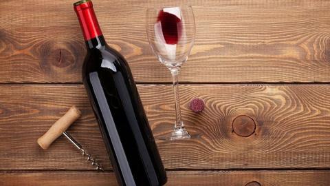 Не обнаружившая дома вино сельчанка обратилась в полицию