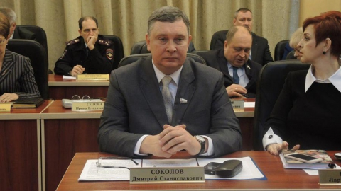 Валерий Радаев поручил минэкологии решать вопрос с мусором в поселениях