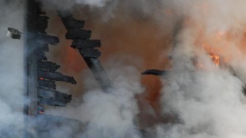 ГУ МЧС: из горящего дома на Пономарева спасли 18 человек