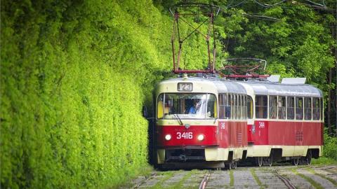 В Саратове прервано движение трамваев через Мирный переулок