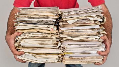 Жителям Саратова предлагают освободить свой дом и офис от ненужных бумаг и макулатуры