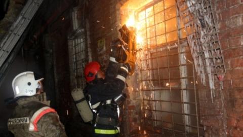 В администрации открыли пункт сбора помощи пострадавшим при пожаре на Аткарской