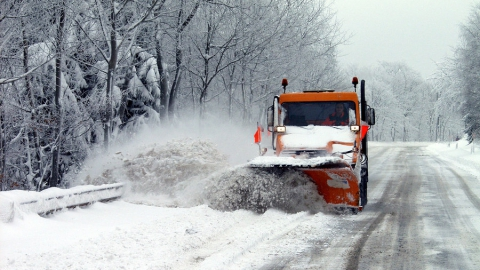 Саратовских автомобилистов просят пересесть на общественный транспорт