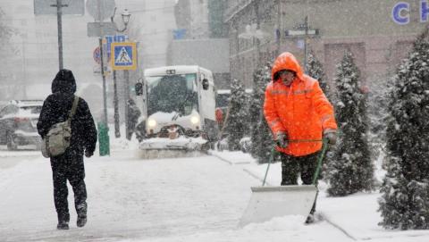 За сутки из Саратова вывезли пять тысяч кубометров снега