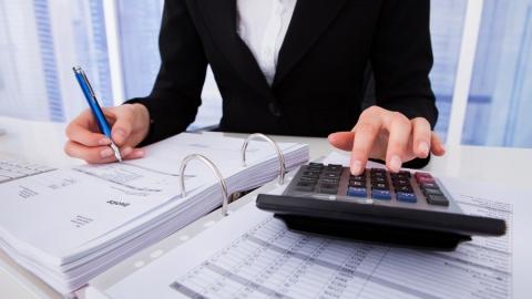 Вячеслав Володин призвал работать над повышением зарплаты в регионе