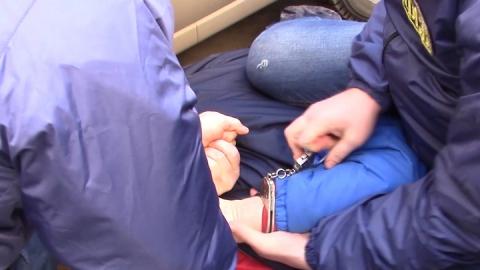 В Саратове бизнесмен попался на миллионной взятке сотруднику УФСБ