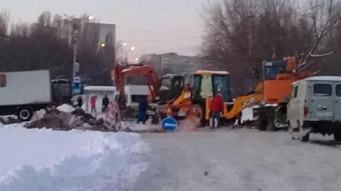 """В Саратове для работ """"Водоканала"""" перекрыли улицу Тархова"""