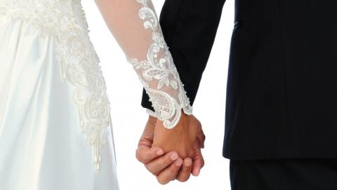 В День влюбленных поженятся 72 саратовские пары
