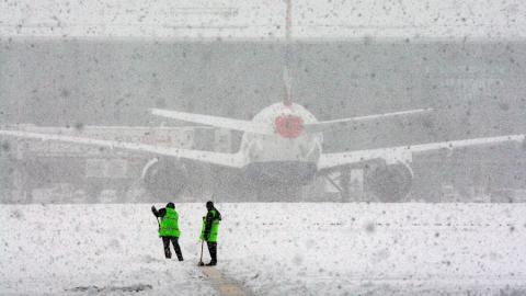 В Саратове задержаны рейсы в Москву и Санкт-Петербург