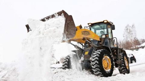 За сутки с улиц Саратова вывезли три тысячи кубометров снега