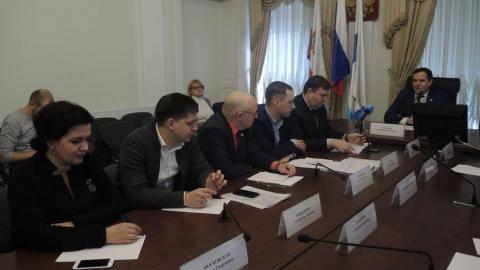 Общественники Саратова выступили с критикой уборки города от снега и наледи