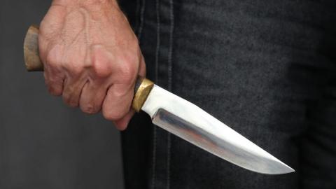 Под Питерской сельчанин угрожал убить свою жену