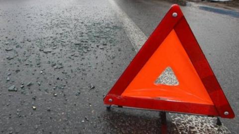 В тройной аварии в Энгельсе пострадали два человека