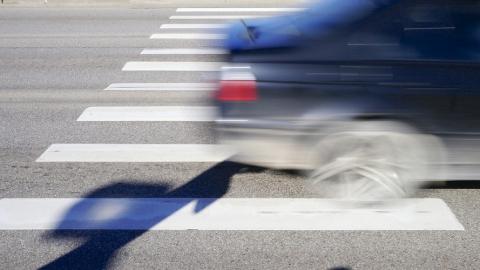 """На Рахова водитель """"Нексии"""" сбил мужчину на пешеходном переходе"""