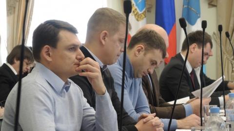 Депутат предложил чиновникам вывезти снег из Саратова, чтобы не было паводка