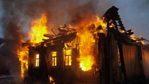На пожаре под Балаково погиб пенсионер