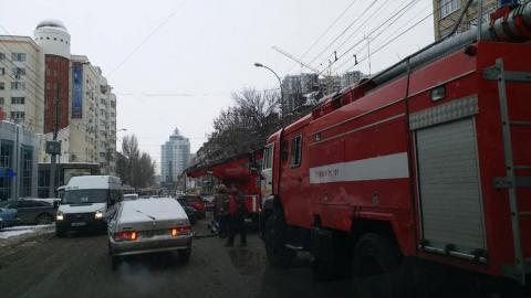 На Чапаева из-за пожара в девятиэтажке эвакуируют жителей
