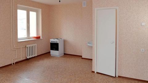 Прокуратура помогла сироте из Балаково получить квартиру