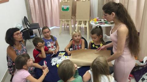"""Центр эстетического развития """"Freundschaft"""" приглашает  на занятия и детей и взрослых"""