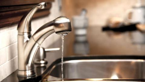 В Саратове без воды остались два поселка